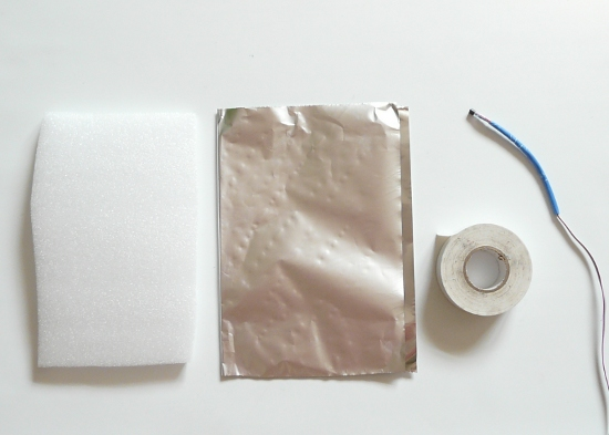 what you need: foam insulation pad, kitchen aluminum foil, tape and the sensor